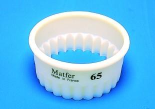 Kiszúró műanyag (hullámos)